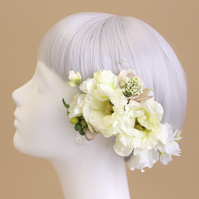 トルコキキョウの髪飾り(クリームホワイト)_ウェディングブーケと花髪飾りairaka