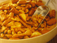 SPICY PEANUT-PRETZEL SNACK MIX
