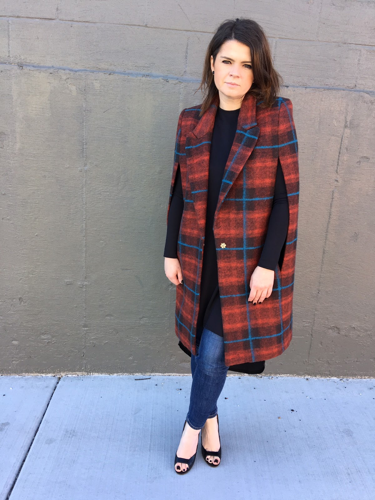 Cape coat in plaid