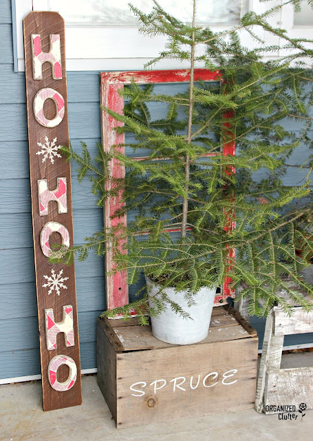 Thrift shop letter Christmas sign #oldsignstencils #stencils #buffalocheck