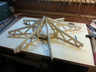 Çatı taşıyıcı sisteminin yapım aşaması
