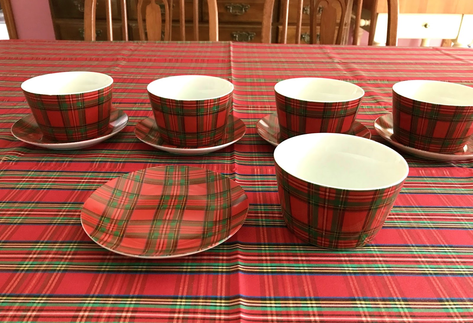 Tartan Tableware & Sc 1 St Asda