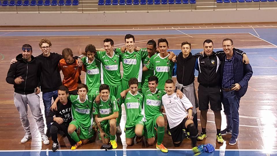 30a1b9c6bf Equipa de Juvenis - SC Farense -Época 2016 2017 - Campeões do Algarve