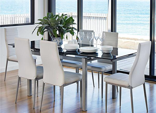 dengan furnitur putih yaitu salah satu cara untuk membuat tampilan yang minimalis da Berbagai Model Furnitur Ruang Makan Berwarna Putih