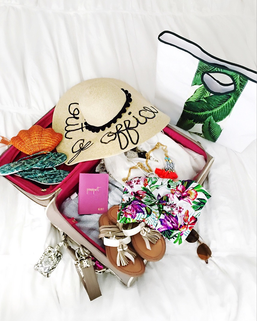 what to pack for a cruise, what to pack for bermuda, bermuda packing guide, bermuda packing ideas, cruise packing guide, cruise travel tips, cruise packing tips, royal caribbean cruise to bermuda, what to pack for your next vacation, vacation packing ideas, vacation outfit ideas, cruise outfit ideas, bermuda outfit ideas