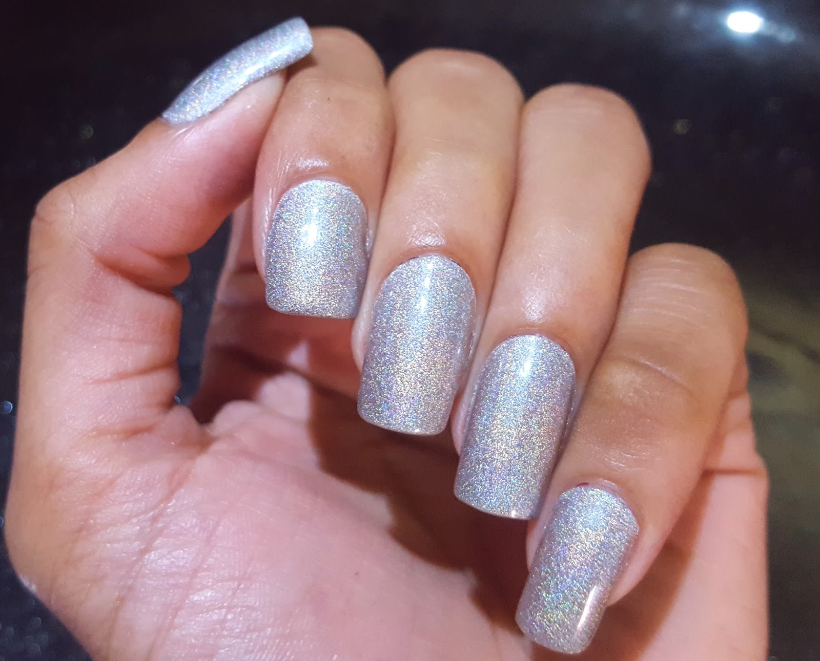 Ahoy! Nails!!: Kiko Holographic Nail Lacquer - 01 Silver Swatch & Review