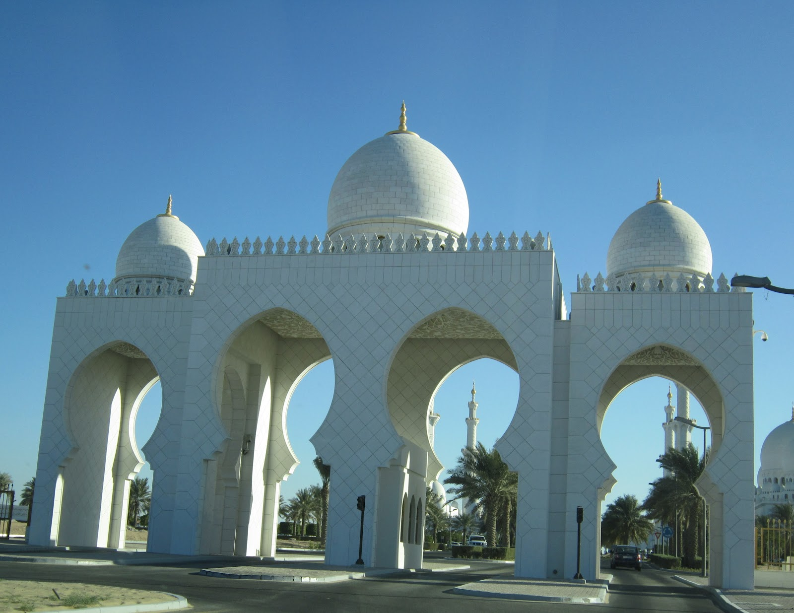 Exterior: Yuen's Lair: Sheikh Zayed Grand Mosque,...truly A