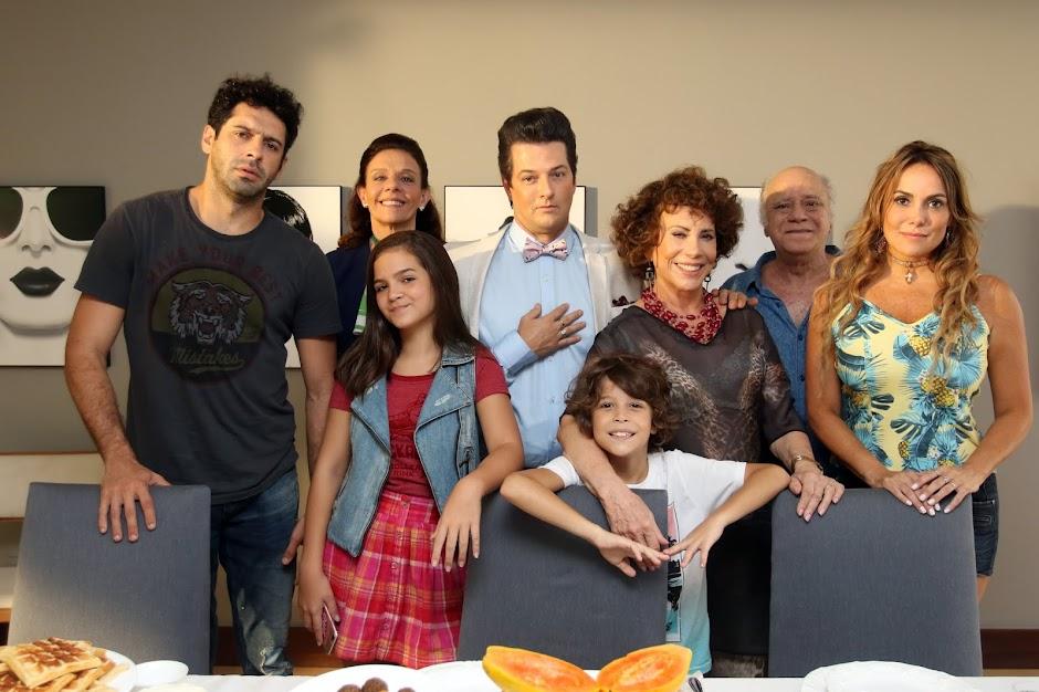 """Crô em Família"""