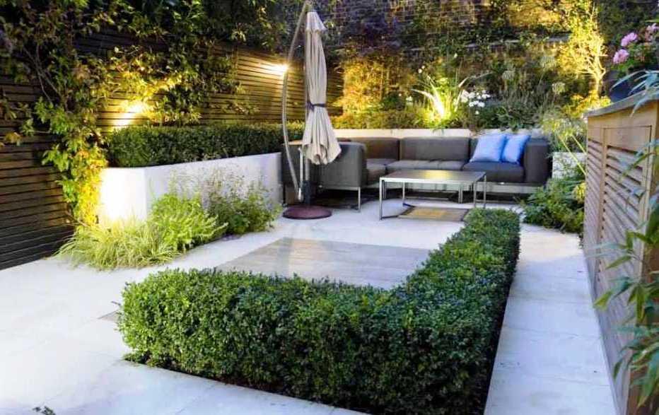 Desain Taman Minimalis Belakang Rumah Dengan Furniture