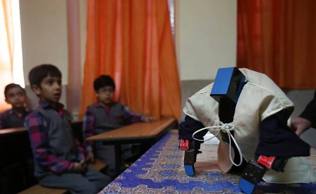 Mampu Mengajarkan Anak Belajar Segala Jenis Sholat