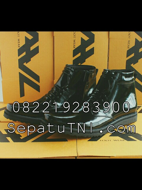 Sepatu PDH kulit kilap sol rata merk AWL