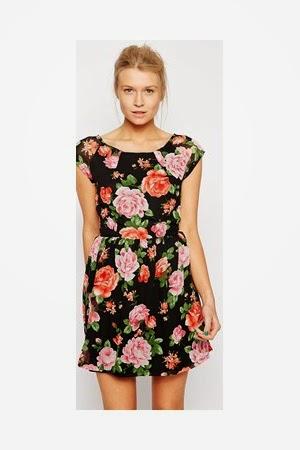 2d9541272e Estos vestidos con estampados florales y colores pastel resurgieron  nuevamente el año pasado en todo su esplendor