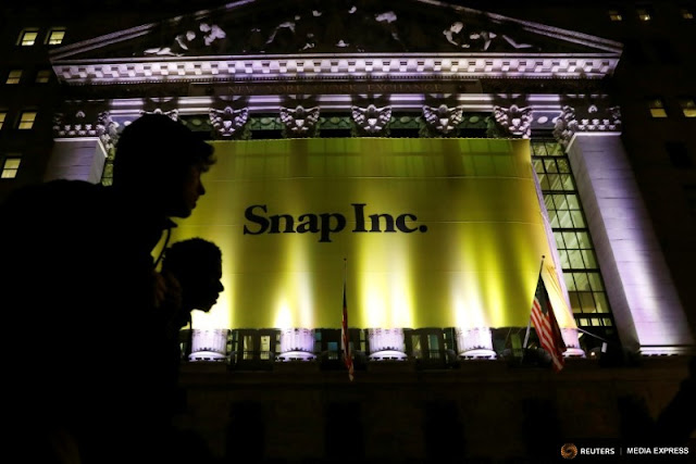 Snapchat IPO @ NYSE, Metamora Herald