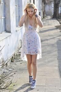 blog o modzie sukienka biała