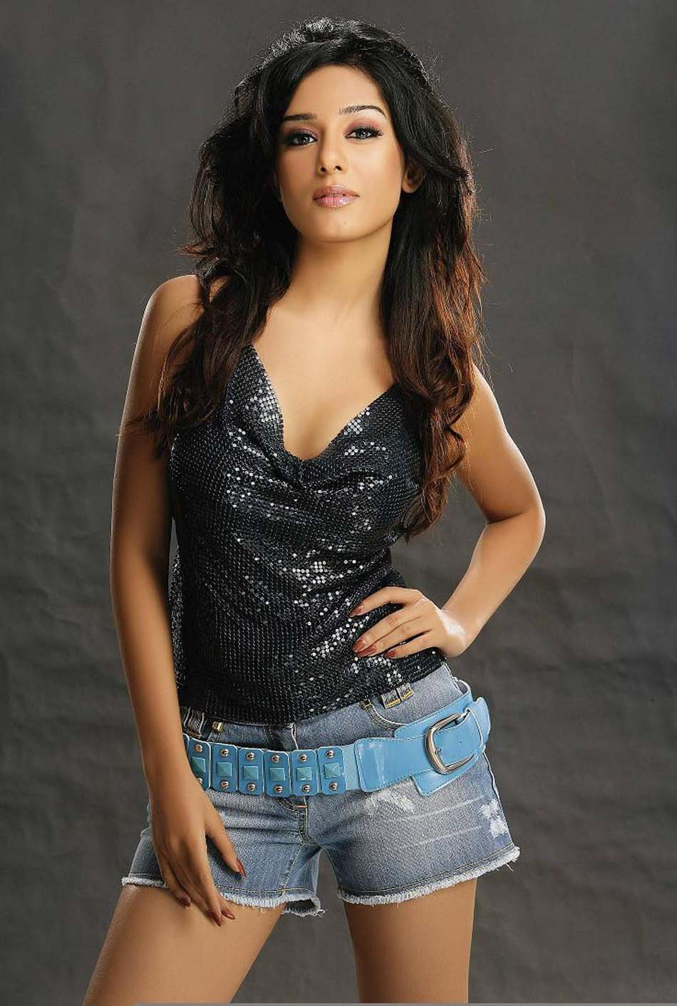 Amritha Rao Sexy Gallary 62