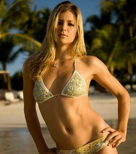 Hot girls 3 sexy Russia tenis players with bikini 9