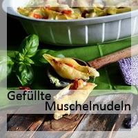 http://christinamachtwas.blogspot.de/2015/06/ricotta-gefullte-muschelnudeln-mit.html