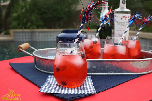 The Bubbly Hostess: Strawberry Sparklers - A 4th of July Drink with Sandra Lee Cocktail Time™  Strawberry Margaritas