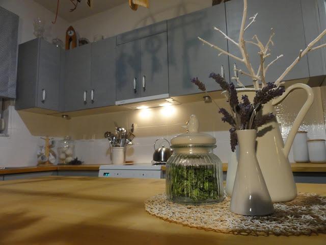 Μεταμόρφωση Κουζίνας με Paris Grey 8 Annie Sloan Greece