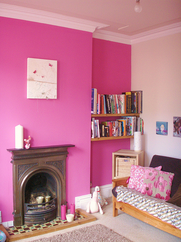 Bright Pink Walls Will Make Any Room Fun Casual And Heartwarming Naturally You Wouldn T Want To Paint A Living Or Kitchen
