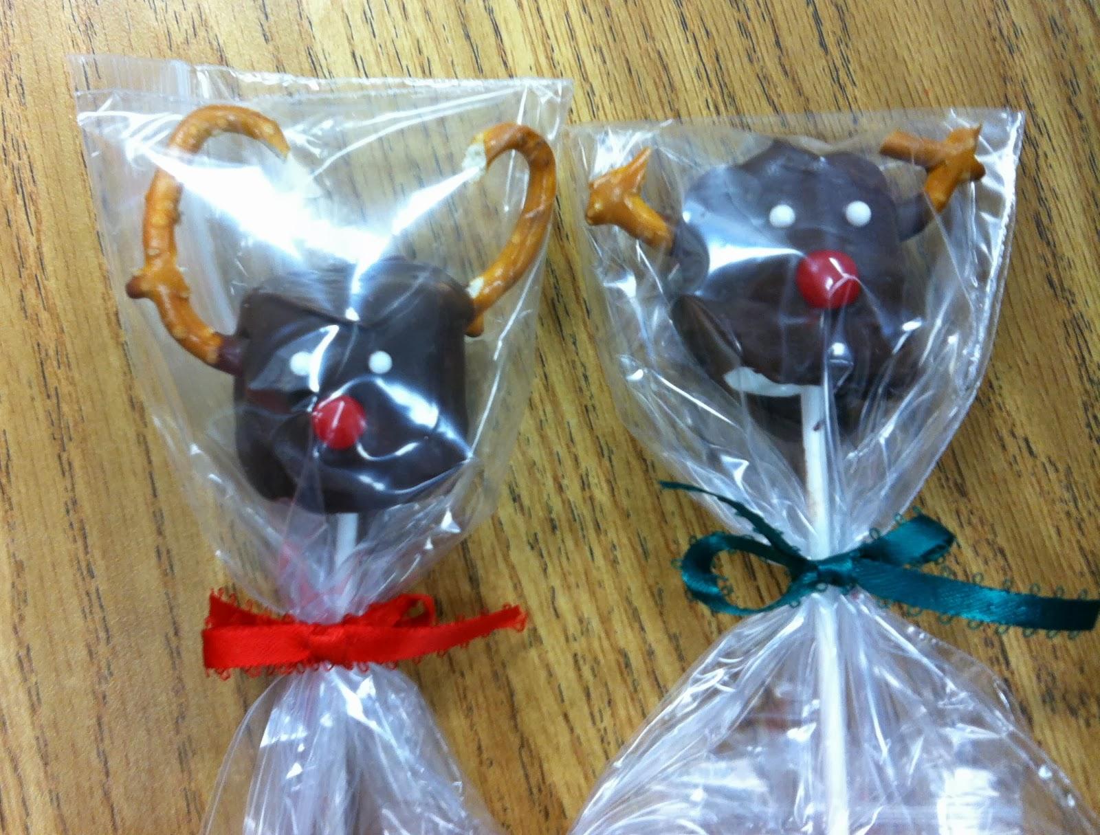 Chocolate Reindeer Marshmallow Pops