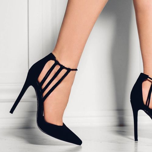 Beautiful And Stunning Heel