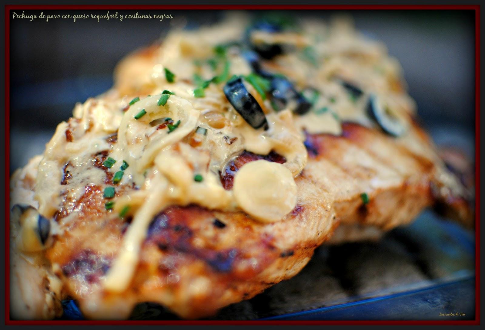 pechuga de pavo con queso roquefort y aceitunas negras tererecetas 06