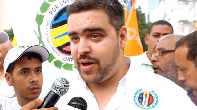 """@ivlevsilva: """"Debemos pasar la página e ir contra Maduro y su combo"""""""