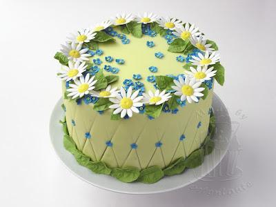 Vergissmeinnicht Margariten Gaensebluemchen Torte