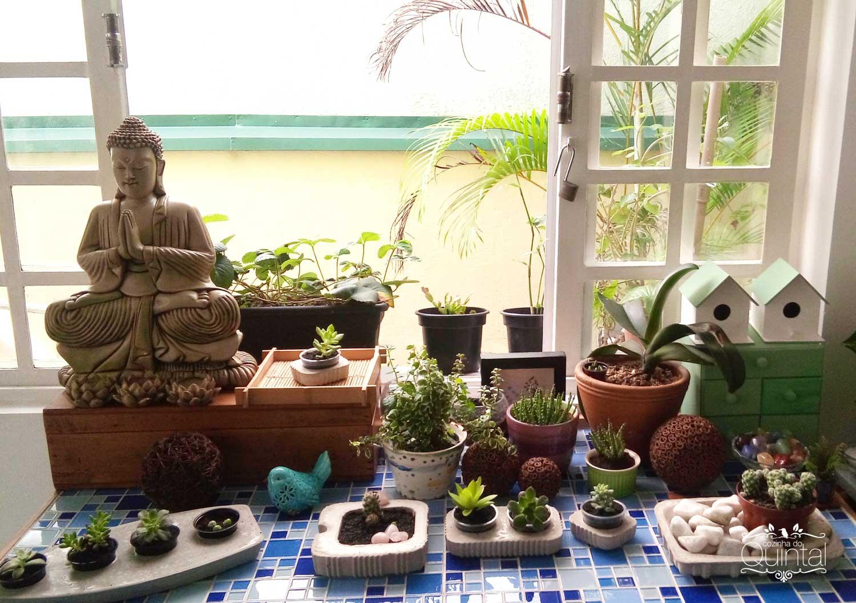 Meu cantinho das plantas! Aos poucos vai crescer e virar uma floresta urbana =) Na Cozinha do Quintal
