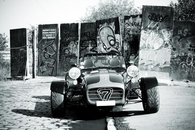 caterham csr 200 vid o embarqu e sur le circuit de mettet belgique octobre 2011automotiv press. Black Bedroom Furniture Sets. Home Design Ideas