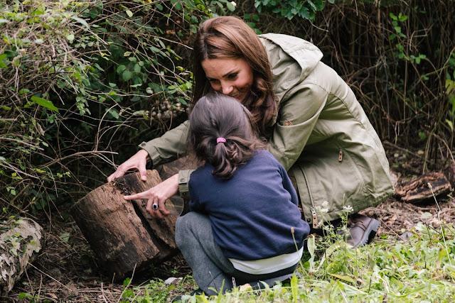 Księżna Kate w Sayers Croft Forest School and Wildlife Garden