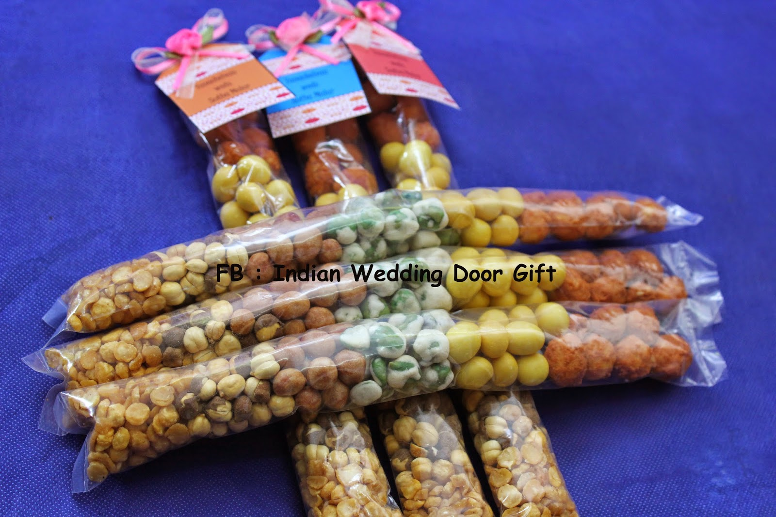 Door Gift For Wedding: Indian Wedding Door Gift: May 2014