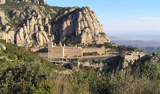 monasterio de montserrat exterior