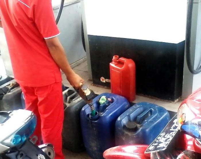 Sering Langka, SPBU di Inhu Jual BBM Bersubsidi ke Pengecer