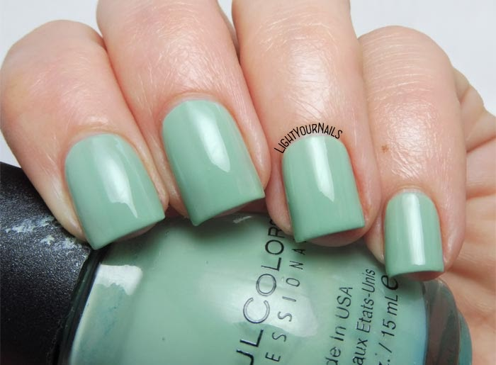 Smalto verde acqua Sinful Colors Open Seas dusty aqua green nail polish