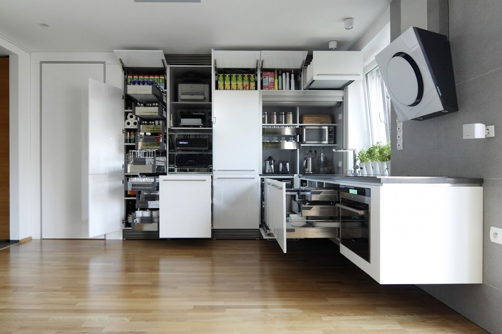 kitchen-storage-solutions-luxury-kitchen
