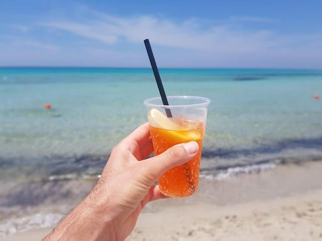 Cocktail in spiaggia-Vivosa Apulia resort