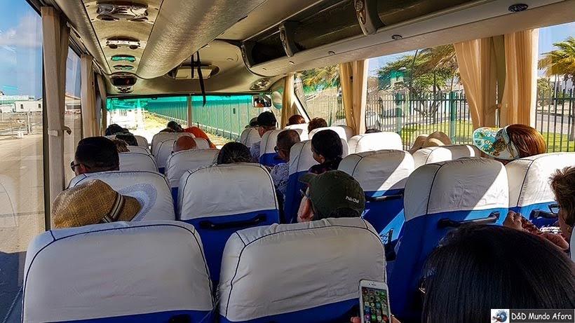 Ônibus que faz City Tour Aruba - Guia completo: o que fazer em Aruba