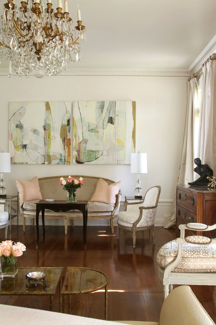 Abstract Room Designs: Color Outside The Lines: Modern Art, Traditional Interiors