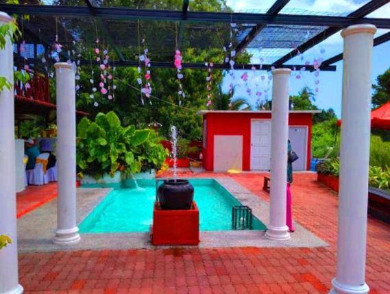 Homestay Kuala Sungai Baru Melaka Swimming pool