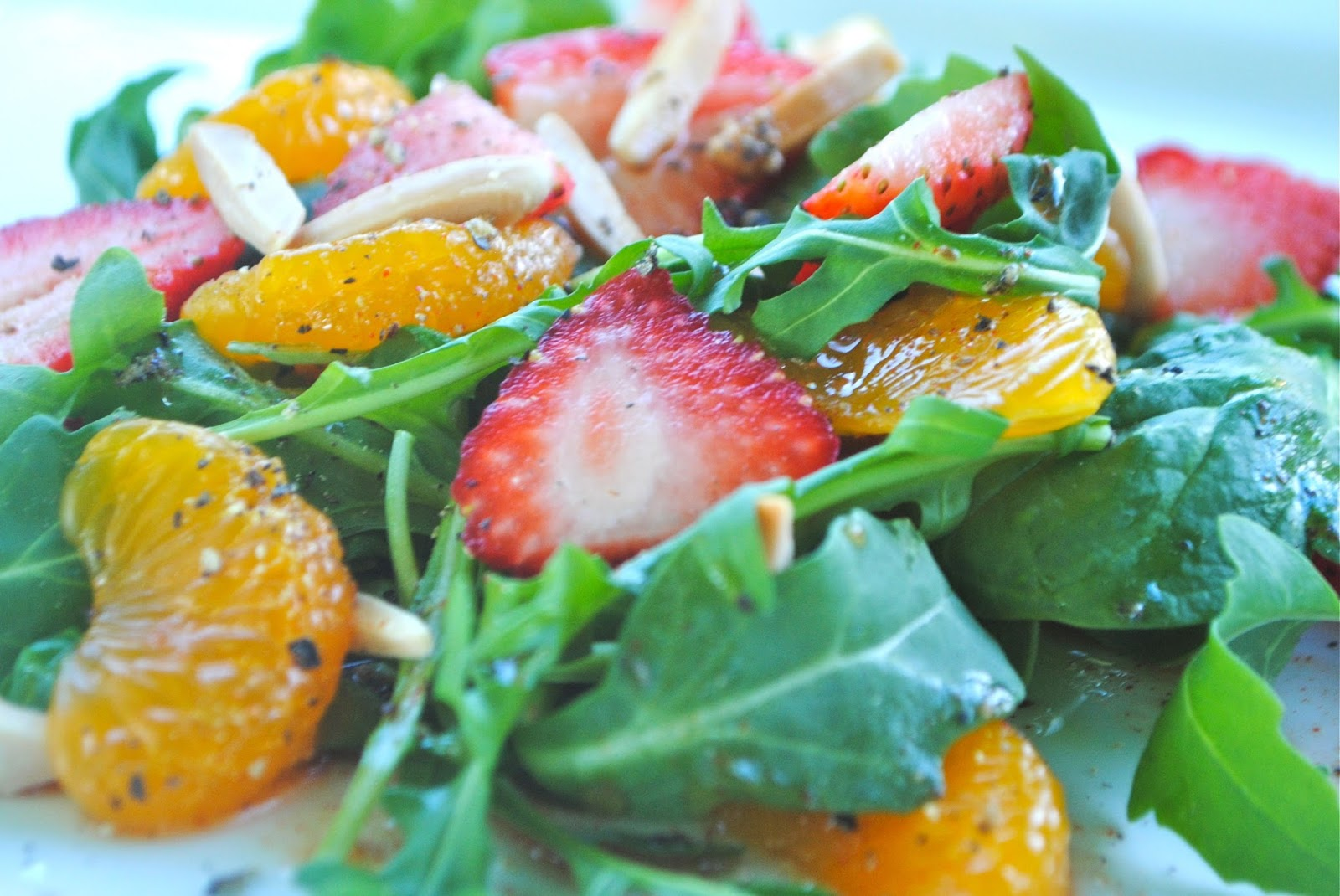Recipe Doodle: BABY GREENS AND PEACH SALAD WITH CREAMY