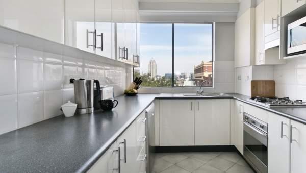 Tips agar dapur kecil terlihat besar
