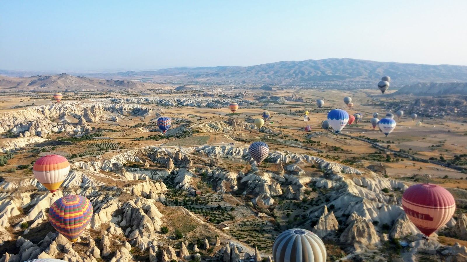 Flying high in Cappadocia - Adventure in a Cup