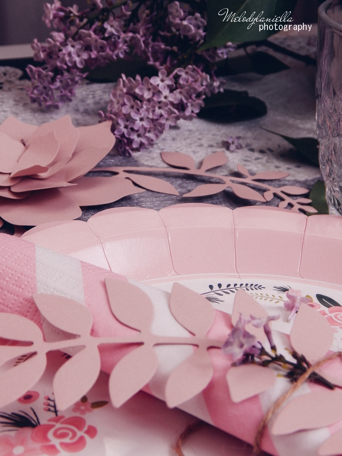 14 partybox.pl imprezu urodziny stroje dodatki na imprezę dekoracje nakrycia akcesoria imprezowe jak udekorować stół na dzień mamy pomysły na dzień matki jak składać serwetki