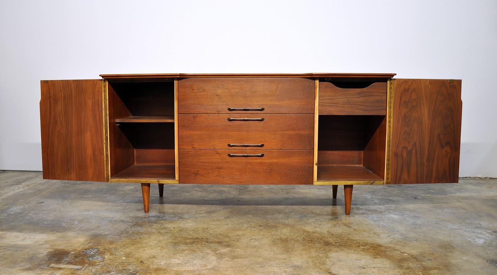 SELECT MODERN: United Furniture Credenza, Bar, Media ...