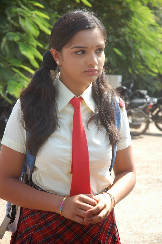 Indian School Girls Hot Photos-8141