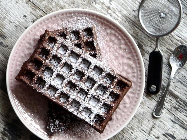 Gofry czekoladowe na maślance - Czytaj więcej »