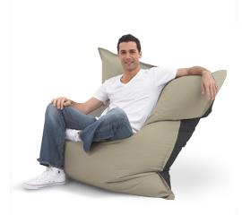 d cor 39 39 tendances on a toujours besoin d 39 un pouf chez soi. Black Bedroom Furniture Sets. Home Design Ideas