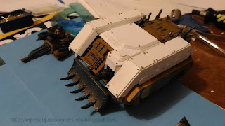 http://imperialguardconversions.blogspot.it/2016/11/chimera-to-leman-russ-kit-part-1.html